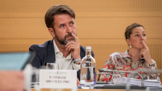 """Carlos Alonso: """"El Cabildo tiene más de 200 millones de euros en inversiones sin ejecutar"""""""