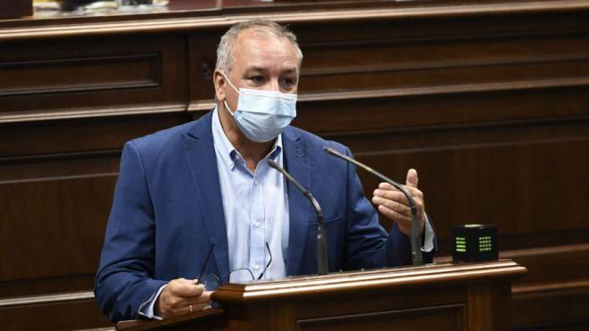 Luis Campos urge a abordar los retos estructurales de la insularidad en Canarias
