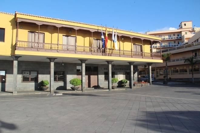 El Ayuntamiento del Puerto de la Cruz alcanza un acuerdo con UGT en el conflicto del personal laboral