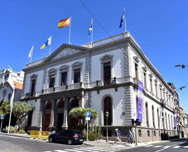 El Ayuntamiento de Santa Cruz, el más rápido en pagar a proveedores de Canarias