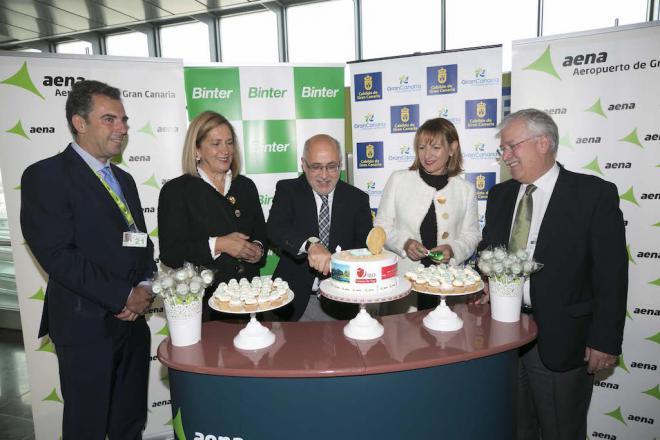 Binter inaugura el vuelo entre Gran Canaria y Vigo