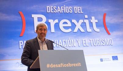 Clavijo: 'Adelantarse a los desafíos del 'Brexit' para mantener uno de los mercados más fieles de las Islas'