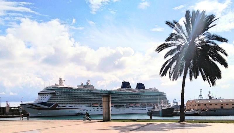 La ciudad espera una docena de escalas de cruceros durante for Oficina fred olsen santa catalina