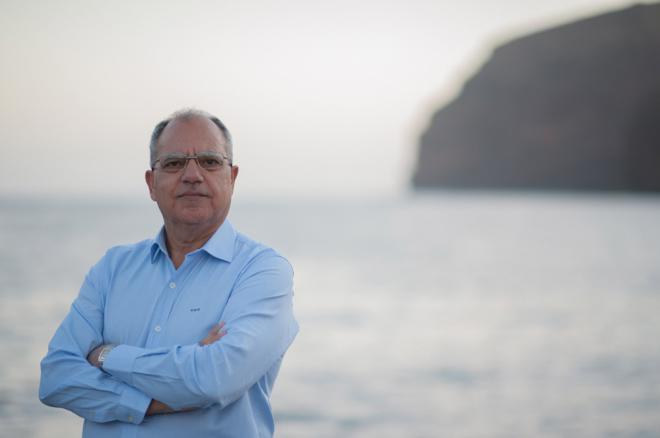 Curbelo reclama rutas marítimas y aéreas para conectar las islas verdes