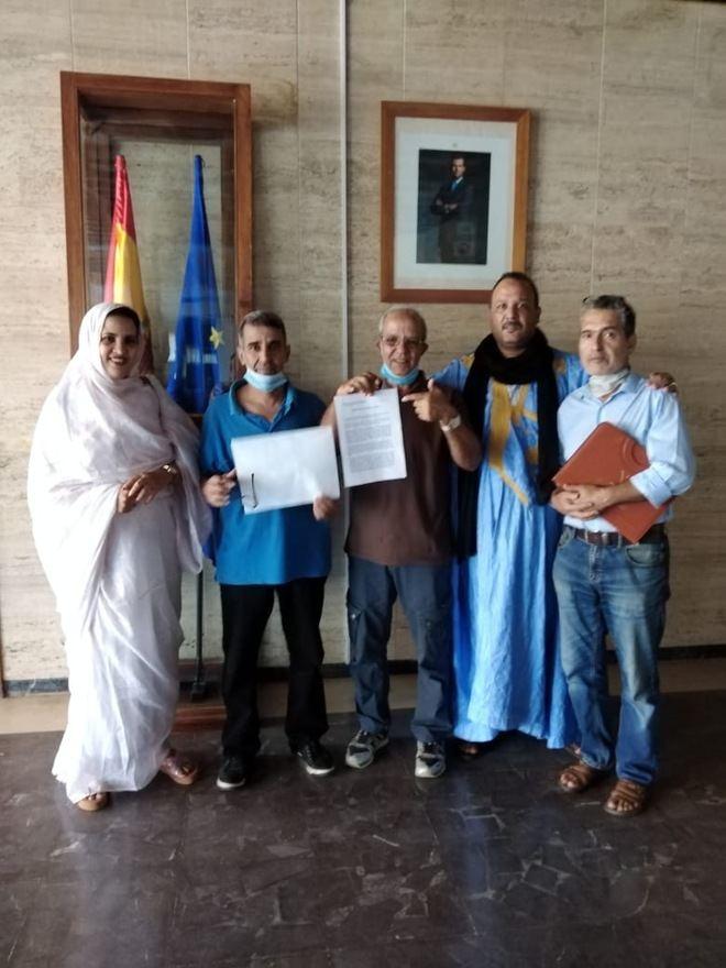 Saharauis nacidos bajo la administración española se movilizan para reclamar el reconocimiento de sus derechos de ciudadanía