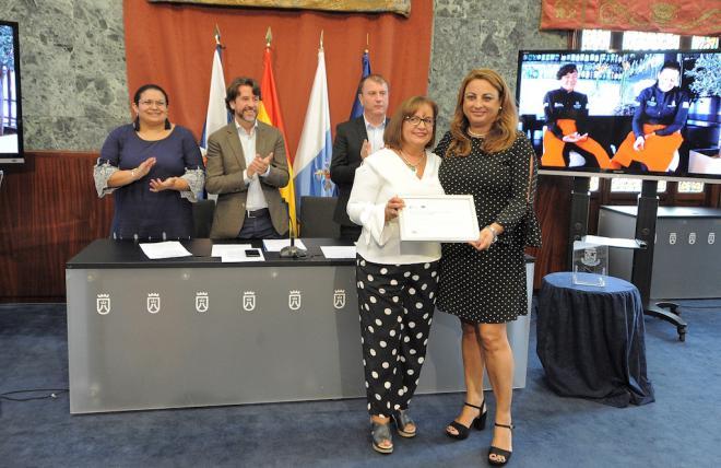 El Cabildo recibe un premio del Gobierno de Canarias por el proyecto de inserción laboral Inforemiass
