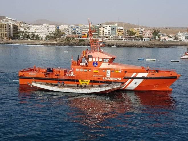 Salvamento Marítimo rescata un cayuco con 95 de personas al sur de Gran Canaria