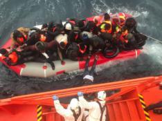 Llega a Arguineguín los 152 inmigrantes rescatados por Salvamento Marítimo