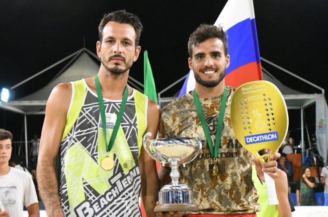 Antomi Ramos campeón del mundo de tenis playa