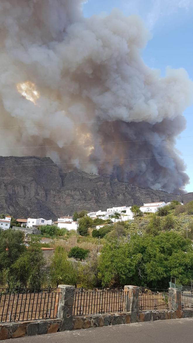 Evacuación de Cruz de Tejeda, el Rincón y el Parador en Gran Canaria