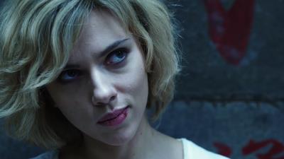 Scarlett Johansson anuncia que se vuelve a casar por tercera vez