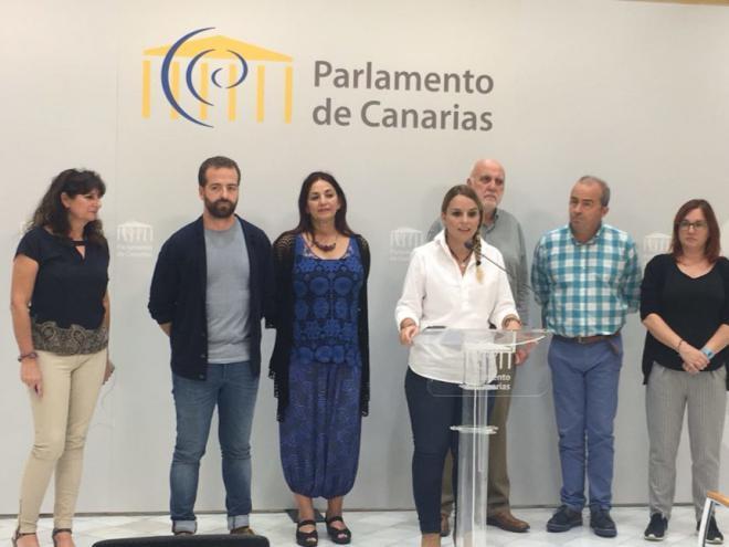 Podemos amenaza con una moción de censura a Fernando Clavijo