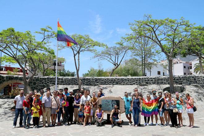 Adeje pone en macha una campaña contra la LGTBI-Fobia