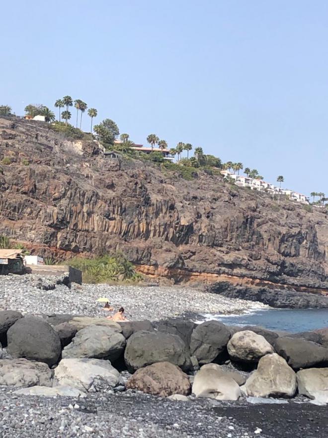El Ayuntamiento de San Sebastián de la Gomera abandona las playas del municipio