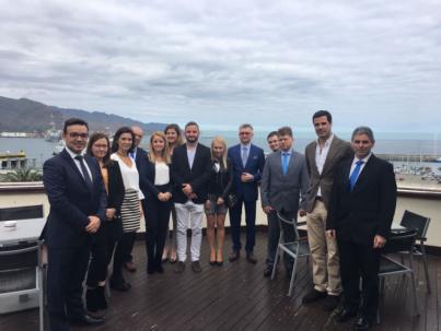 Tenerife se vende a empresas polacas como destino para el sector de las energías renovables