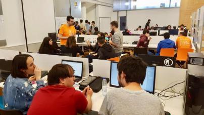La 'Island Jam Gran Canaria' reúne este fin de semana a desarrolladores y artistas para crear un videojuego en 48 horas