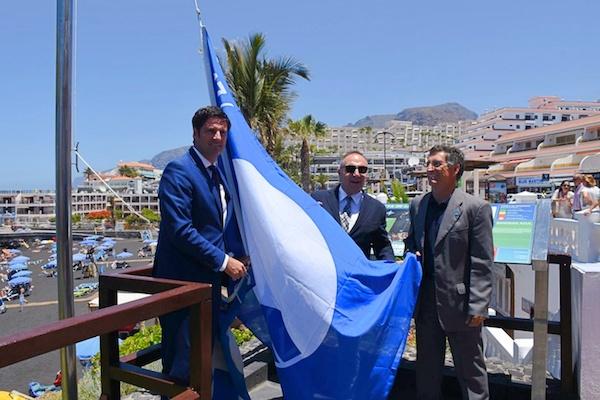 Banderas Azules a 49 playas y 5 puertos canarios