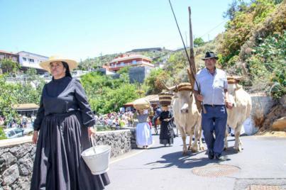 El vino, el queso y la miel centran las X Jornadas Etnográficas de Taucho