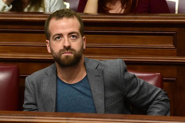 El Parlamento se niega a debatir sobre el modelo de gestión de la Radio Televisión Canaria