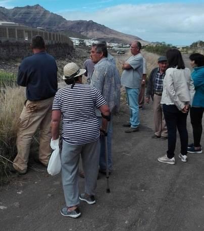 Vecinos de La Aldea se rebelan contra la extracción de áridos.