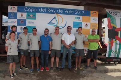 La Graciosa acogió la presentación del equipo de vela de Lanzarote Sailing Paradise