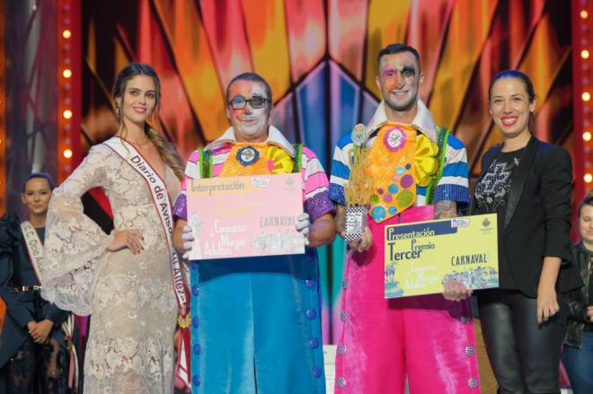 Los Zeta Zetas logran, por segundo año consecutivo, el primer premio de interpretación en el concurso de murgas