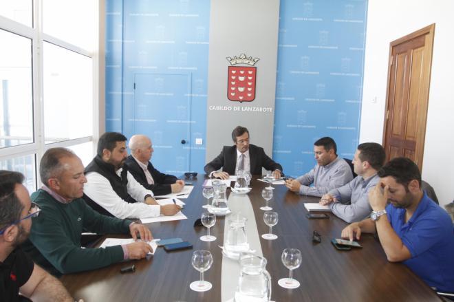Cabildo de Lanzarote y los ayuntamientos constituyen la primera sesión de la 'Mesa de Alcaldes'