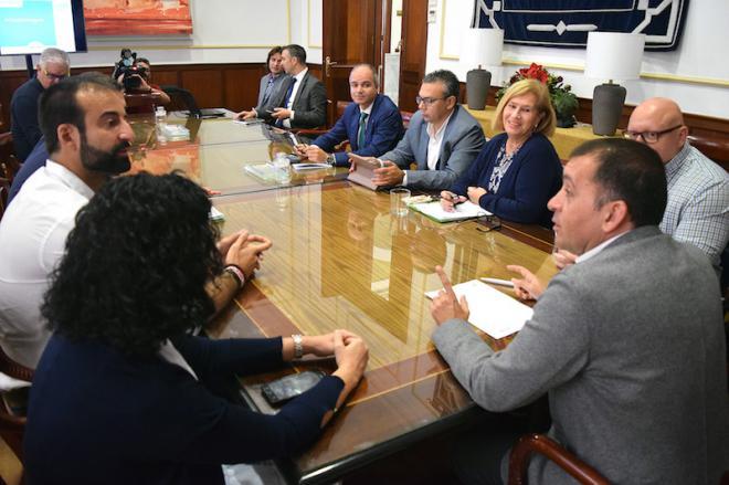 Santa Cruz expone sus bazas para erigirse en una ciudad inteligente y sostenible