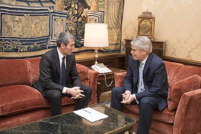 Clavijo propone Gran Canaria como sede de la Cumbre España-África