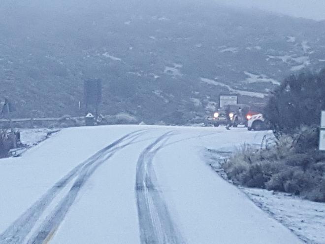 Se mantienen cerradas las carreteras de acceso al Teide