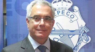 Foto de archivo. A la izquierda, Óscar Izquierdo