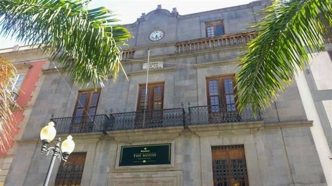 El Cabildo insta al Ayuntamiento a que regularice los usos del Palacio de Carta