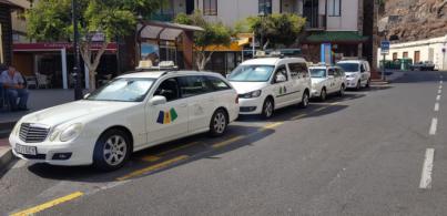 Los profesionales del taxi de Alajeró se suman a una plataforma regional de servicios