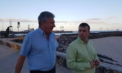 Pedro Quevedo da máxima prioridad al abaratamiento de billetes entre Canarias y la Península