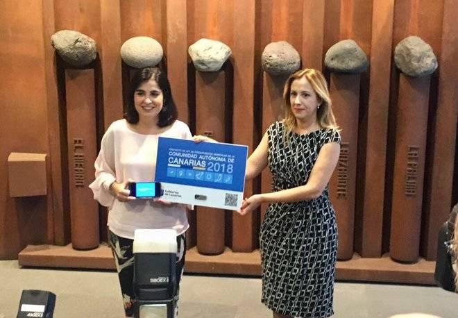 Rosa Dávila entrega en el Parlamento el presupuesto 2018