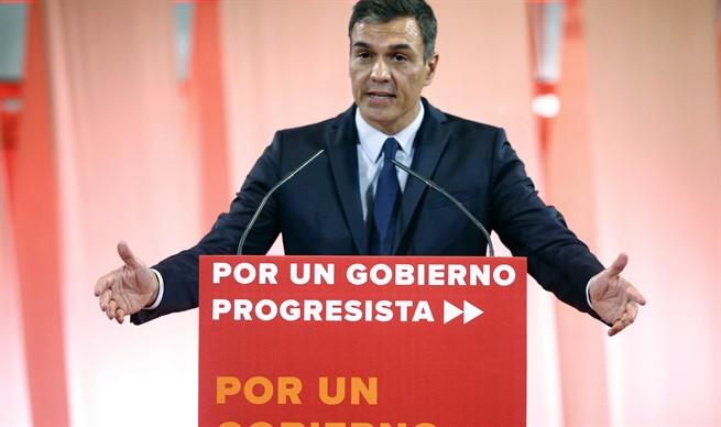 Pedro Sánchez ofrece a Podemos cargos en instituciones y organismos del Estado