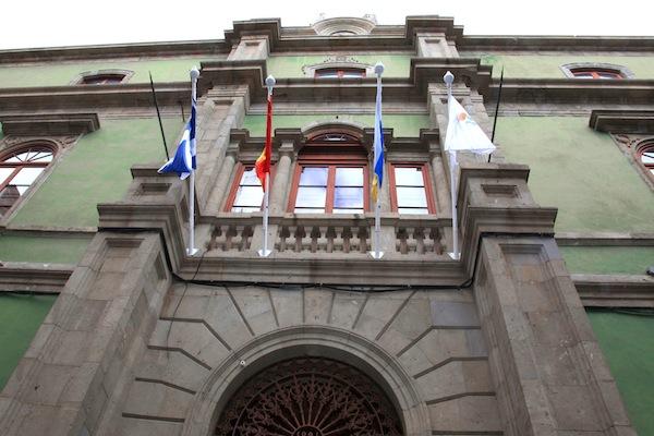 Rehabilitación del histórico edificio de la plaza Ireneo González