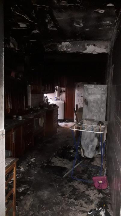 Bomberos de Tenerife extingue un incendio en una vivienda de La Cuesta