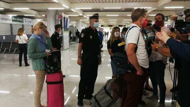 Aterrizan los primeros turistas del plan piloto procedentes de Alemania
