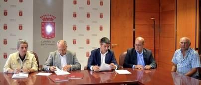 Quintero y Curbelo firman dos convenios para el impulso del sector primario de La Gomera