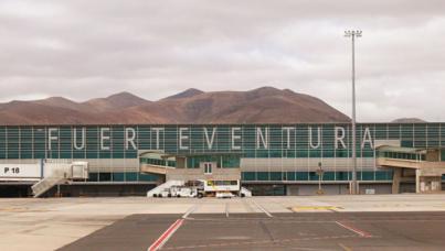 El Cabildo aplaude el anuncio de ampliación del horario del aeropuerto de Fuerteventura