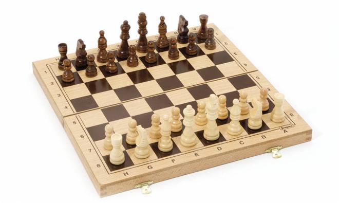 NC pide al Gobierno que sustituya las competiciones de videojuegos por la práctica del ajedrez