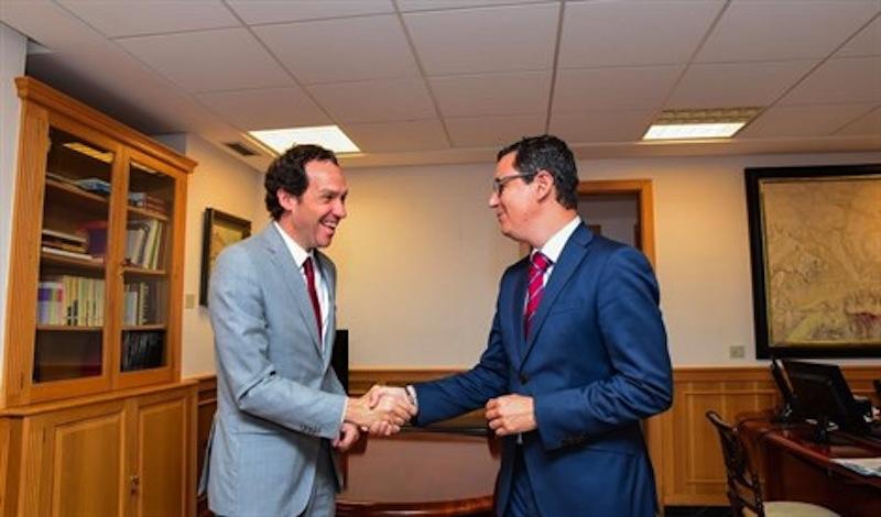 Canarias y baleares se unen para pedir mejorar la conectividad entre islas - Transporte entre islas canarias ...