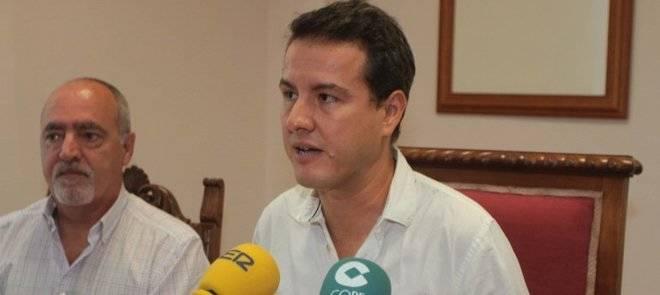 Podemos inicia las conversaciones para la moción de censura en el Cabildo de Lanzarote