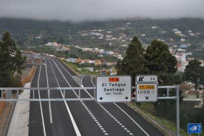 Canarias recuperará la deuda del convenio de carreteras y firmará otro nuevo de cuatro años