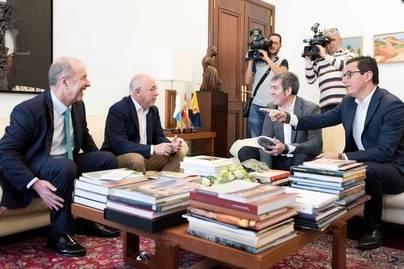 Clavijo y Morales apuestan por diversificar la economía de Gran Canaria