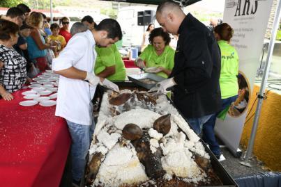 Productos de la tierra por el aniversario del Mercado Agrícola en la Granja del Cabildo