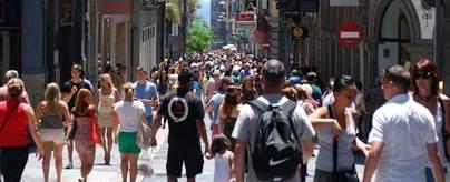 Los consumidores canarios aumentan su gasto un 1% durante 2017