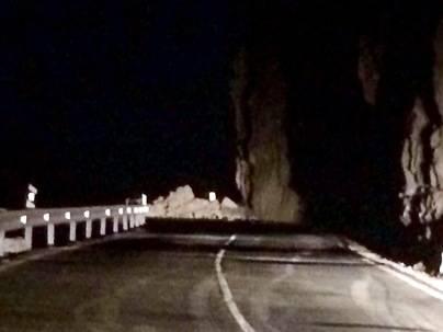 Un desprendimiento en la GC-500 obliga al cierre de la vía entre Taurito y Mogán
