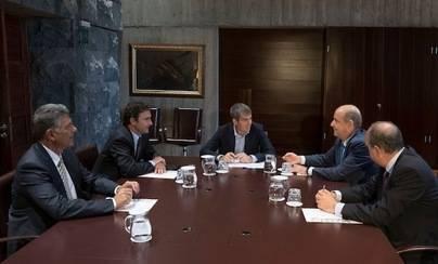 El Gobierno consigue un ahorro económico anual del 8% en la factura eléctrica con el nuevo contrato suscrito con Endesa